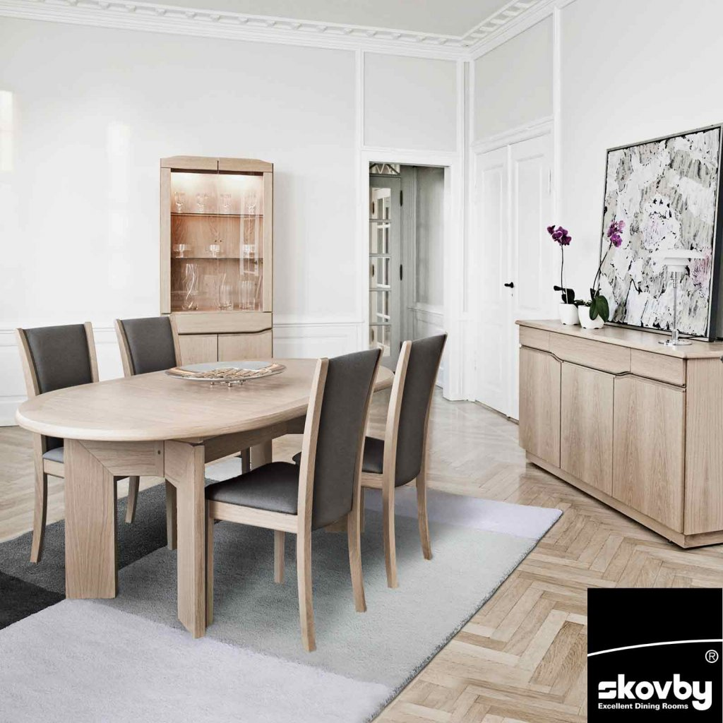 Oval Dining Table Set