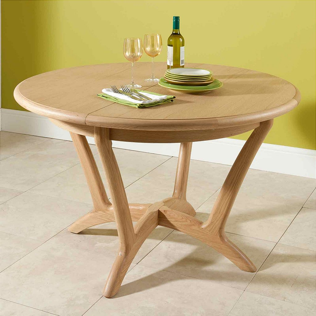 vale furnishers carlson round extending dining table