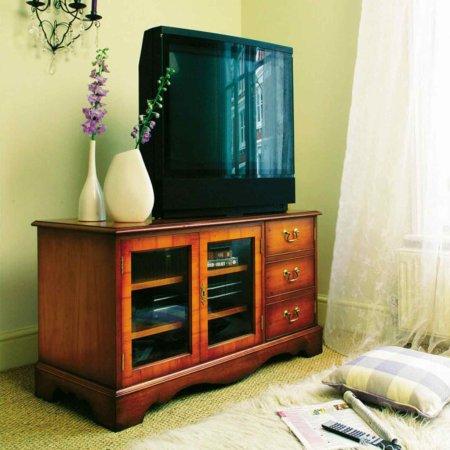 999/Bradley/Classic-TV-Stand