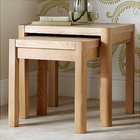 9440/Vale-Furnishers/Carlson-Nest-of-Tables