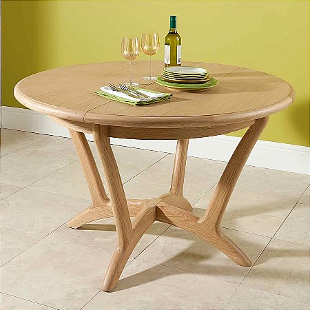 9446/Vale-Furnishers/Carlson-Round-Extending-Dining-Table