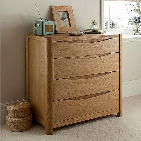 9470/Vale-Furnishers/Carlson-Four-Drawer-Chest