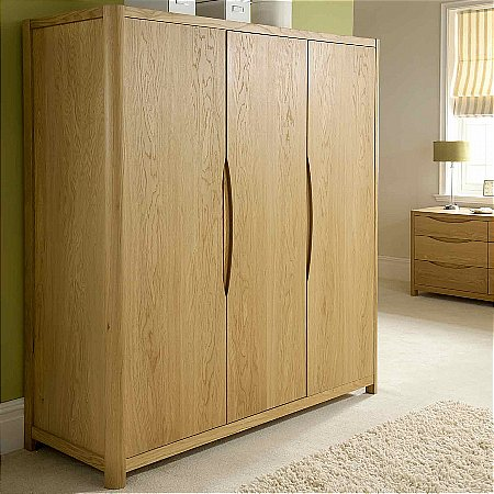 9474/Vale-Furnishers/Carlson-Three-Door-Wardrobe