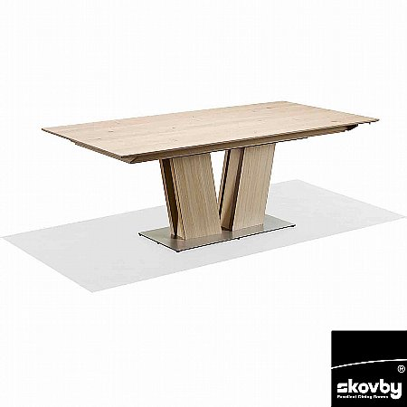 9841/Skovby/SM39-Extending-Dining-Table