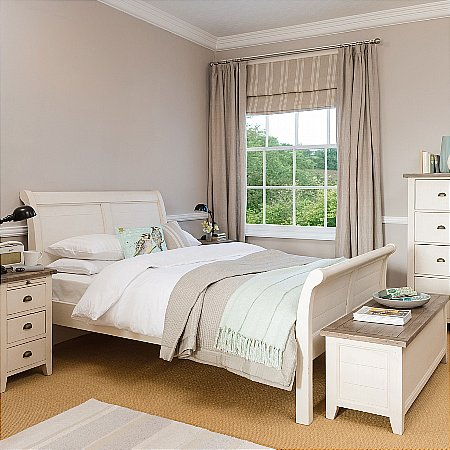9966/Vale-Furnishers/Chertsey-Bedroom-Range
