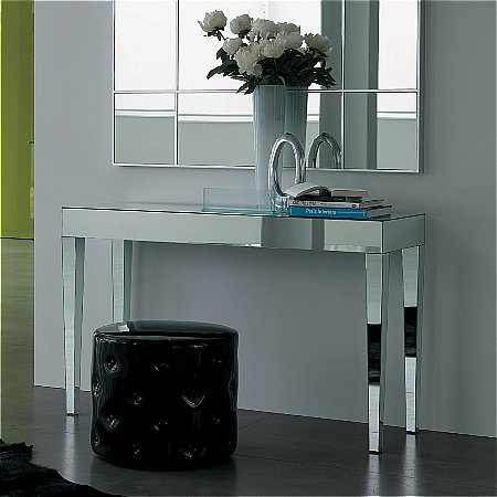 11125/Porada/Luxor-Console-Table