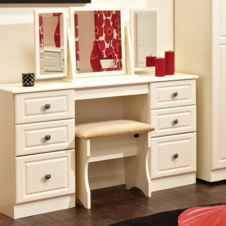 11748/Vale-Furnishers/Lamphey-Dressing-Table