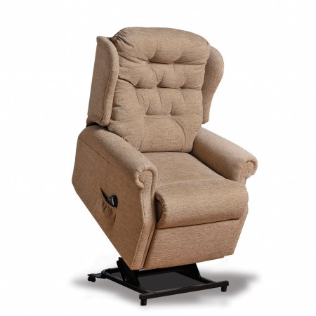 6717/Vale-Furnishers/Wentworth-Grande-Riser-Recliner