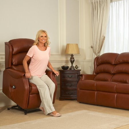 4064/Vale-Furnishers/Wiltshire-Leather-Recliners