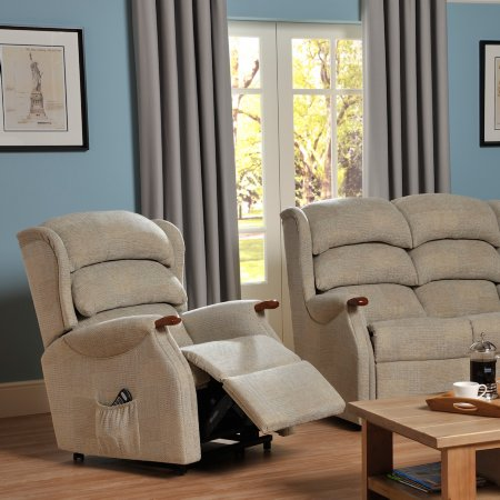 6731/Vale-Furnishers/Wiltshire-Standard-Recliner