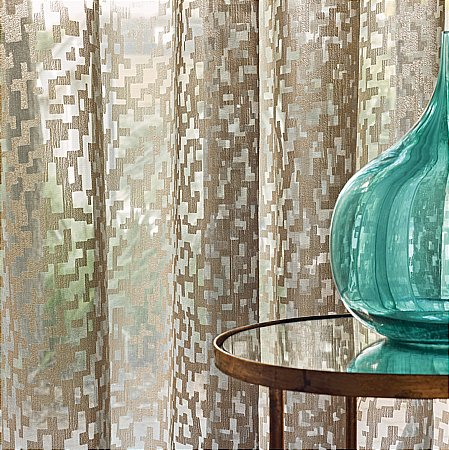13396/Romo/Iridos-Minos-Curtain-Fabric