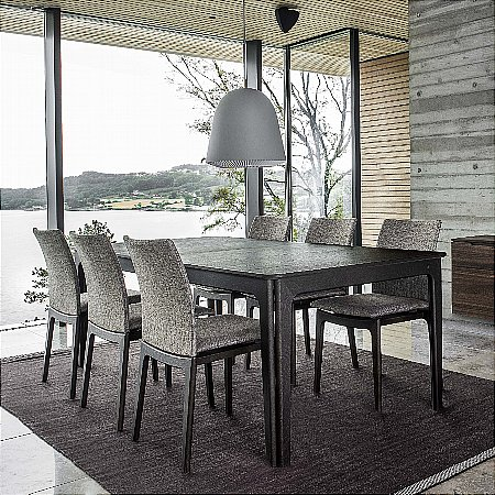 14386/Skovby/SM27-Dining-Table