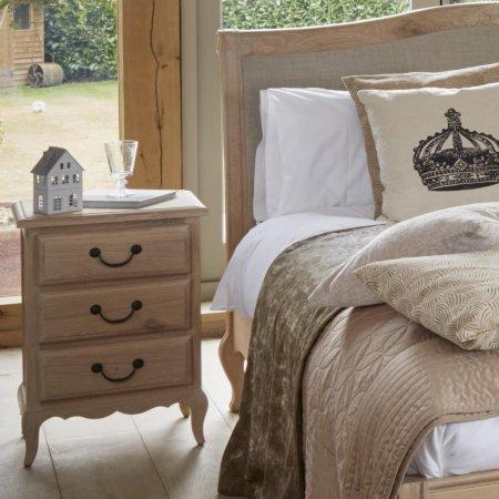 15607/Vale-Furnishers/Newbury-Bedside-Chest