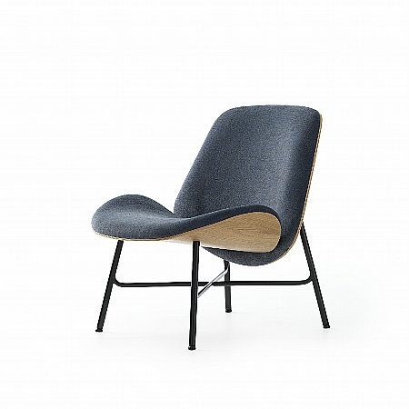 15863/Pode/Nihan-Occasional-Chair-in-Fabric