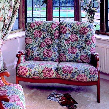 22/Cintique/Winchester-Fireside-Sofa