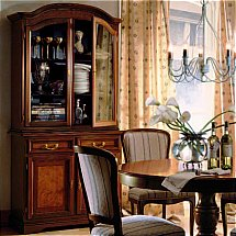 Selva - The Garda Collection China Cabinet